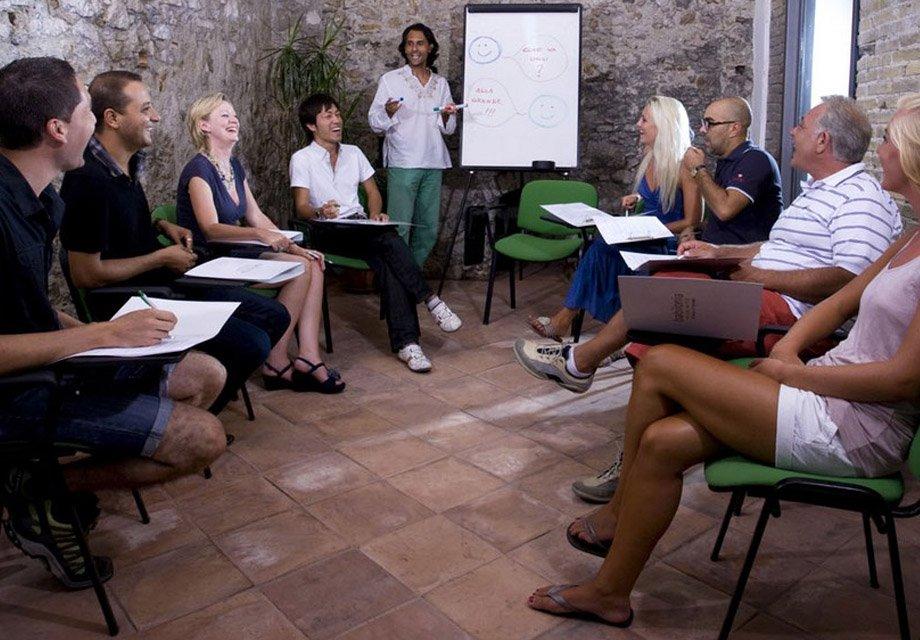 Языковые курсы за рубежом Caspian Training Group - Образовательный центр